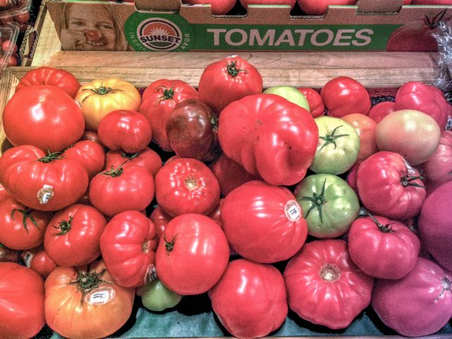 Heirloom tomatoes! (I bought all the green ones, sorry everybody)